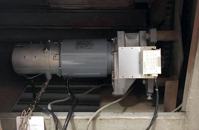 摂津市で電動シャッター開閉機モーター交換工事後